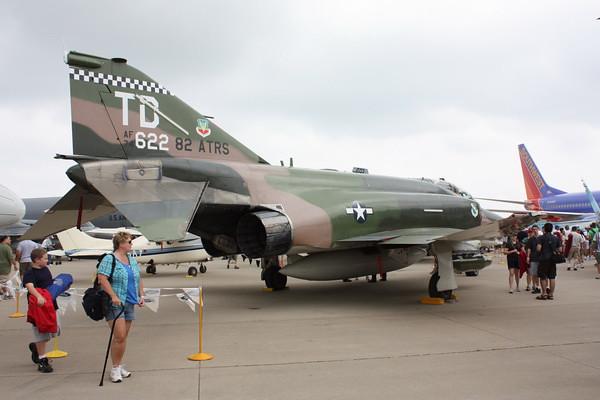 EAA10_F-4E_47