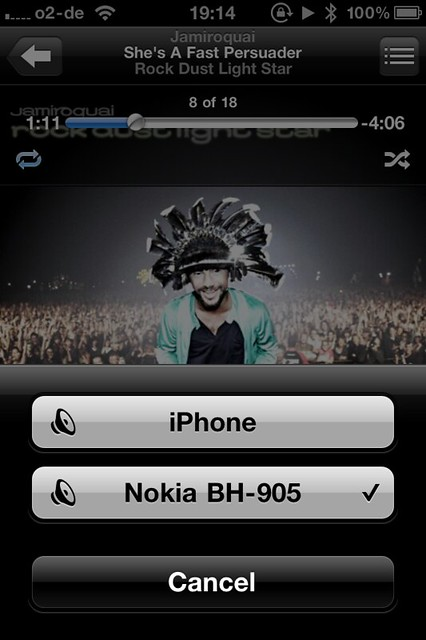 iPhone 4 with iOS 4.2 is working with the wonderful Nokia BH-905