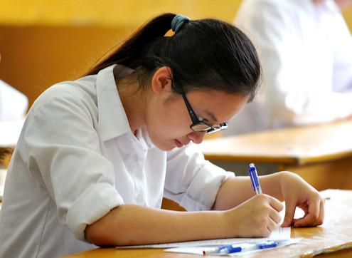 Bệnh thành tích với con số ảo, Tiêu cực kỳ thi tốt nghiệp, tuyển sinh, thông tin tuyển sinh, tỷ lệ tốt nghiệp, tỉ lệ đậu tốt nghiệp