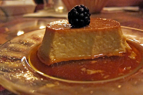 Red Onion: flan
