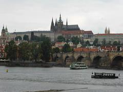 PRAHA     P1020221 (amalia_mar) Tags: pražskýhrad karlůvmost vltava river boats water architecture praha prague czechrepublic