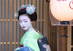 Portrait (walkkyoto) Tags: 宮川町 miyagawacho 舞妓 maiko 芸妓 geiko 京都 kyoto 日本 japan fe85mmf18