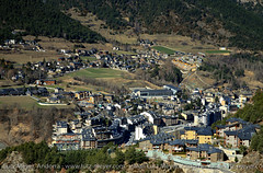La Massana city, Parroquia de La Massana, Vallnord, Andorra, Pyrenees (lutzmeyer) Tags: city winter primavera march photo spring foto image oben mrz andorra pyrenees overview iberia pirineos pirineus pyrenen hivern frhjahr berblick vallnord lamassana cs310 aldosa lamassanacity beixalis