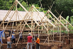IMG_2164 (UPC (Urban Poor Consortium)) Tags: bali indonesia construction community bamboo workshop bambu upc builder klungkung sidemen tukang iseh
