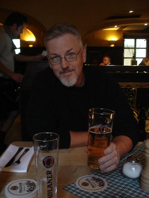Beer hall in Muenchen, Deutschland.