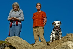 Nancy, Judy and Cromwell - DSC02879 (Lance & Cromwell back from a Road Trip) Tags: family monterey personal rockypoint