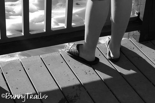 sandals snow