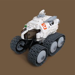 Tankenka v3 - 'Raid Rover' (Fredoichi) Tags: tank lego space military wheels rover vehicle fredoichi