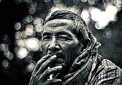 ~ OLD MAN ~ ((_.*`*.ChobiWaLa.*`*._)) Tags: old morning winter portrait people man cold monochrome 50mm nikon bokeh hill oldman tribal smoking age portraiture aged f18 wrinkle bangladesh rangamati d90 chobiwala ripervez nikond90bw