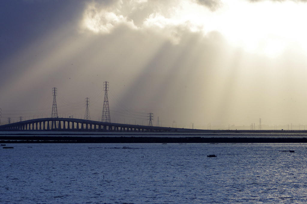 Sun Rays over bridge, taken with K-x and tamron adaptall-2 104A and 01F TC