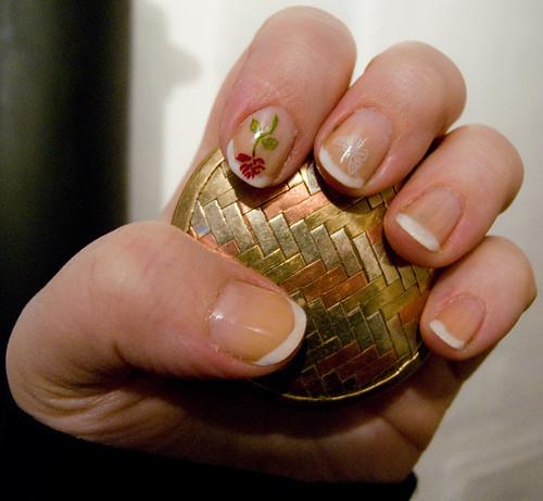 french nail rose nailart design