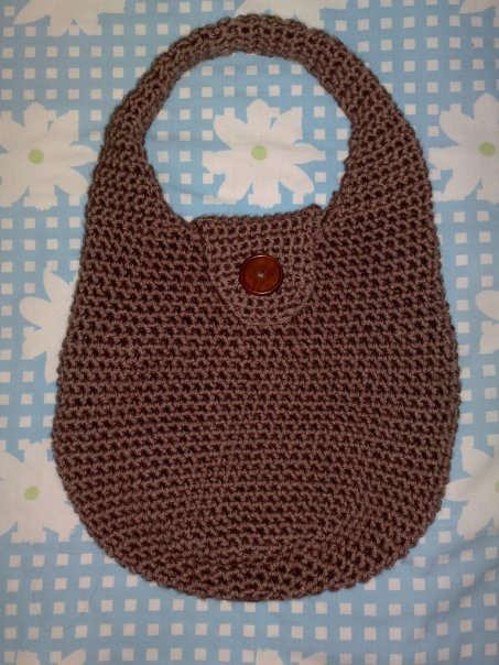 Free Crochet Pattern: Children's Flowered Shoulder Bag