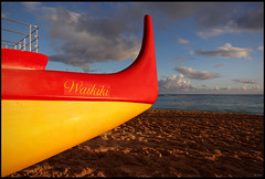 Kayak at sunset, Waikiki beach (rickz) Tags: ocean sunset beach night island dawn hawaii evening boat sand kayak pacific waikiki oahu honolulu waikikibeach waikikisunset