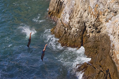 Cliff Divers Of La Quebrada - Acapulco Mexico (Mona Hura) Tags: cliff mexico la divers acapulco quebrada of 8336a