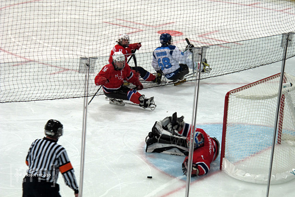 Paralympic Sledge Hockey at UBC