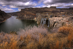 Shoshone Falls on the Snake (Dave Arnold Photo) Tags: cliff usa river landscape photography us photo waterfall image snake id picture pic images falls idaho american twinfalls snakeriver getty cascade wildwest shoshone hydroelectric shoshonefalls riverscape hydroelectricplant davearnold greatimage canonequipment canonphotographer darnold davearnoldphotocom wildidaho idahobeauty arnoldd