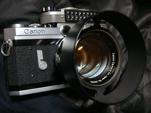 CanonL50mmf1.2 's LensHood