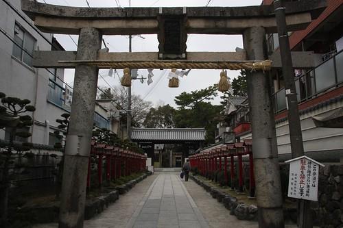 茨木神社 (鳥居、東門)