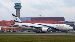 4X-ECE - 36083 - El Al Israel Airlines - Boeing 777-258ER - Luton - 100404 - Steven Gray - IMG_9386