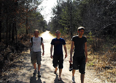 arriving in fontainebleau (markselby) Tags: friends holiday france si rob climbing day1 font sig fontainebleau troispignons