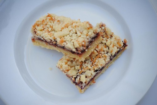 raspberry-crumb-bars