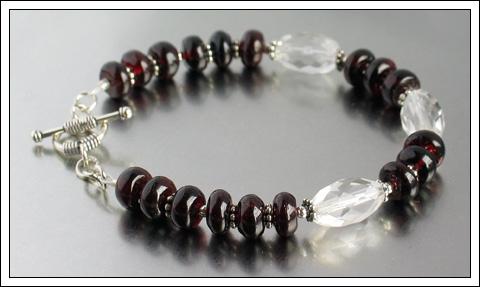 Garnet & Crystal quartz bracelet