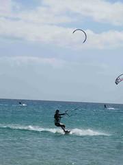 IMG_2769 (miss_verstaendnis) Tags: ocean sea sun kite beach water strand meer wasser sommer fuerteventura kitesurfing atlantic canaries sonne atlanticocean canaryisland fuerte kitesurfen sotavento wassersport sotaventobeach