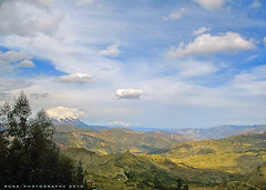 Ro Abajo (Runa59) Tags: blue trees sky snow mountains nature clouds canon landscape real lights shadows lapaz runa valleys illimani cordilleras trescruces mallasa roabajo