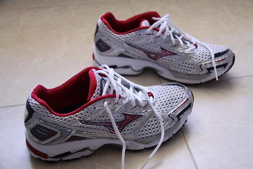 Mizuno Shoes 002