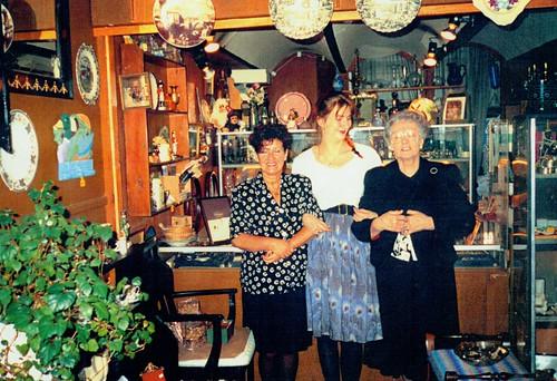 Staff of Keepsavers Antique Shop, 1991.