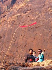 Students first flight (Yazed Lord) Tags: fun fly flying place native wing paragliding glider kamshet apr10 shelar