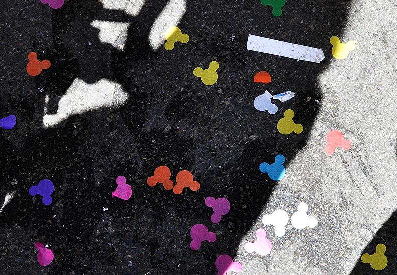 soteropoli.com fotos de salvador bahia brasil brazil parada walt disney 2010 mickey donald pluto nemo pooh toy story by tuniso