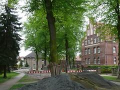 Sanierung Dorfstraße: Blick zur Alten Schule