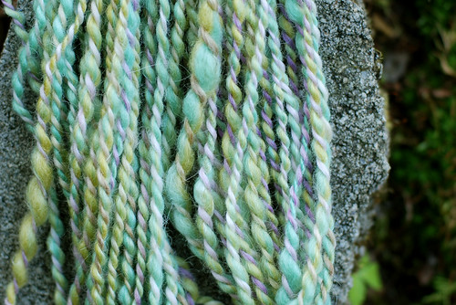 today i'm making a sample yarn
