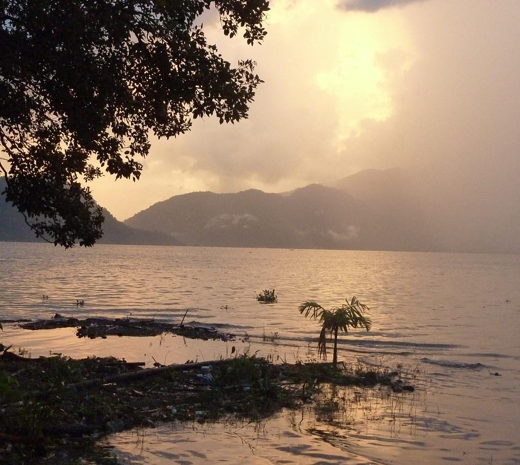 Sumatra-Lac Maninjau (68)