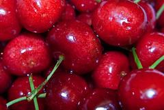 Cherries (The Suss-Man (Mike)) Tags: red food water fruit cherry cherries waterdrops thesussman sonyalphadslra200