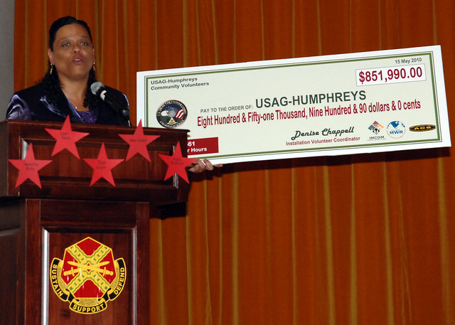Humphreys Volunteers of the Year recognized by USAG-Humphreys
