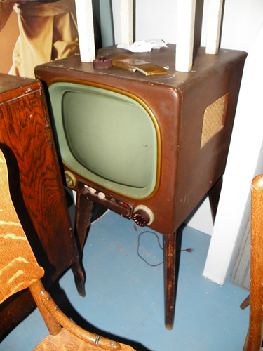 Admiral? Television Set