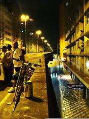 (caio meirelles) Tags: old city cidade brazil costa sign arquitetura brasil architecture downtown chaos traffic centro modernism center caos paulo friday transito sao urbanism domingo modernismo velho silva urbanismo metropole viaduto elevado