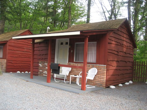 Do-Rest Cabin Court Lake George NY
