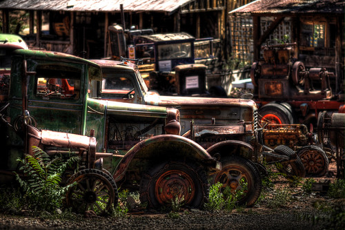Oldies at King Gold Mine in HDR I