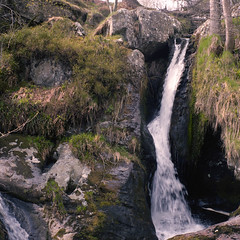 Little Waterfall (boscoppa) Tags: uk 120 6x6 wales zeiss waterfall fuji fujifilm ikon reala fujicolor rhaeadr nettar pistyll