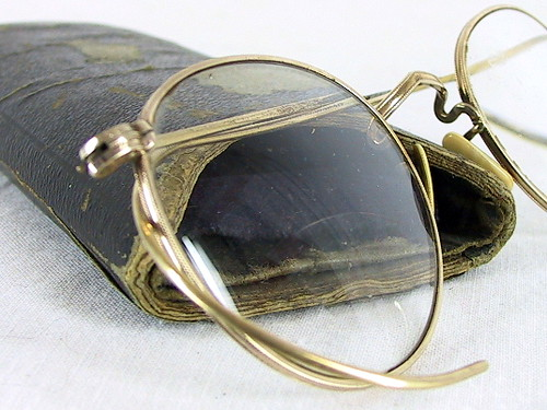 Vintage Wire Frame Eyeglasses with Case