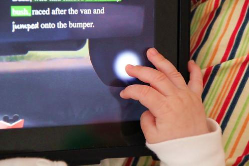 Manos de un bebé digital
