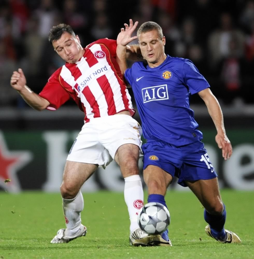 Big bulge of Nemanja Vidic