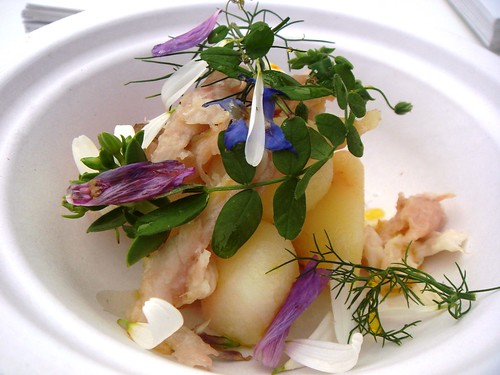 L'Enclume - Colleen Baby Potatoes, Oxeye Daisies, Smoked Eel and Purple Wight Garlic