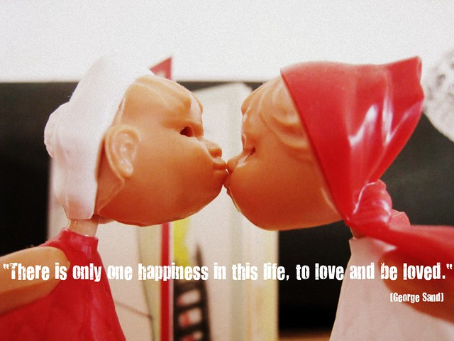 kiss, kiss...just for happiness...