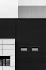 Minimalist B&W (Lunor 61 (Irene Eberwein)) Tags: minimalurban minimalismus minimalist minizaline urbanism urbanity simplicity cleanfacade creativearchitecture architectureminimal minimalperfection archiminimal arkiminimal minimallove abstractourbano symmetry graphic graphism lines textures bw pentax ireneeberwein