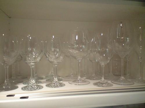 ワイングラスいっぱいいっぱい