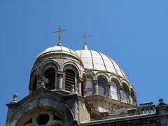 IMG_6643 (wolfgangp_vienna) Tags: blue sky france church gold golden frankreich village cross kirche himmel blau cupula bayonne biarritz kuppel pyrnesatlantiques kleinstadt golfvonbiskaya